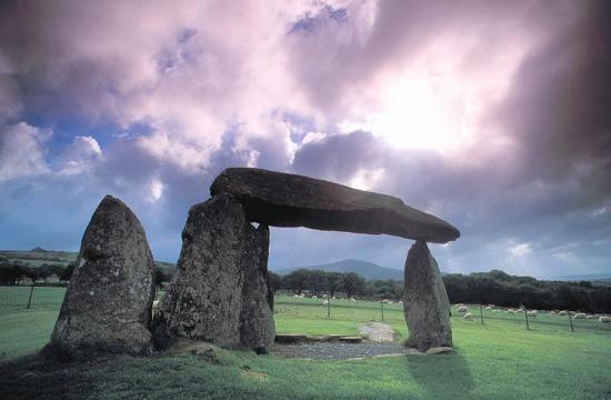 dolmen-carnac.jpg